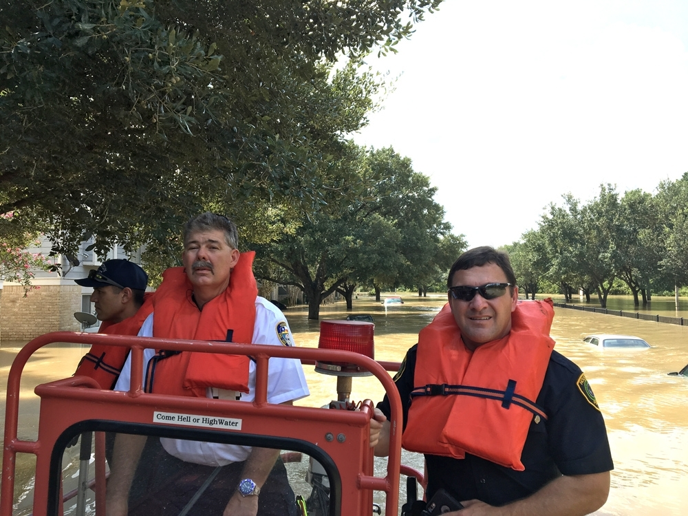 HPD and HFD employees work together during high water rescues in West Houston. Photo courtesy of HPD