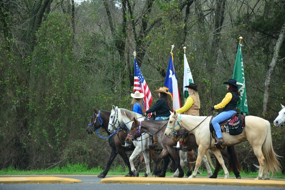 The Salt Grass Trail riders arrive at the Houston Farm and Ranch Club  near Highway 6 and Patterson Road.