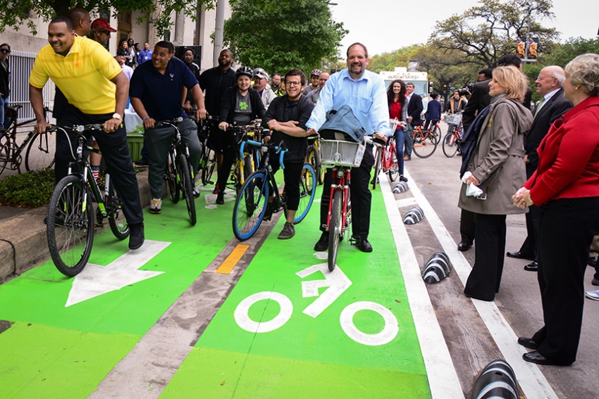 Two-wheeled traffic gets downtown express lane