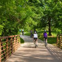 Historic Bike Ride Tour Along Buffalo Bayou