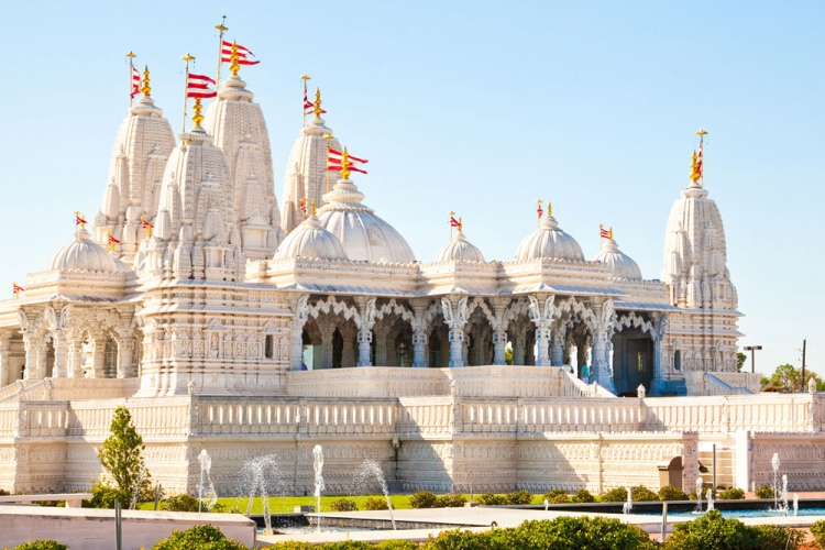 The BAPS Shri Swaninarayan Mandir is a stunning Hindu temple in Stafford, Texas.