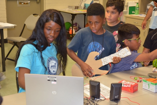 How is technology impacting kids in Houston's District H?