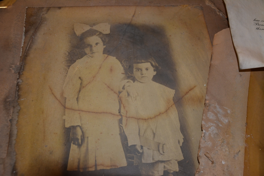 This faded family photo could have been destroyed by the Memorial Day flood, but Operation Photo Rescue will restore it to its original glory.